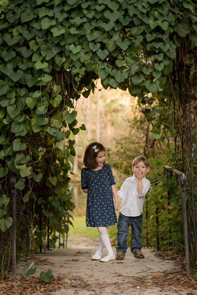 Mead Botanical Garden Is Such A Beautiful Location To Visit, And Also For  Pictures. I Love Photographing Family Sessions, Especially With Kids That  Love To ...